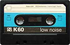 orwo_60_wei%C3%9Fblauschwarz_dunkel_071126 audio cassette tape